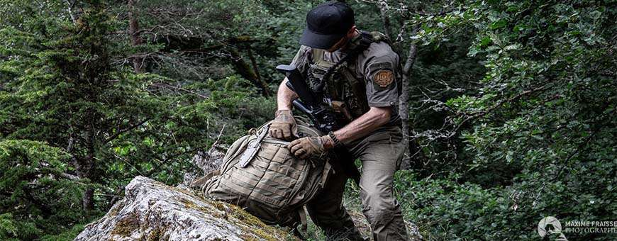 Vêtements, coiffes, chaussures, Tenues de combat - Mode Tactique