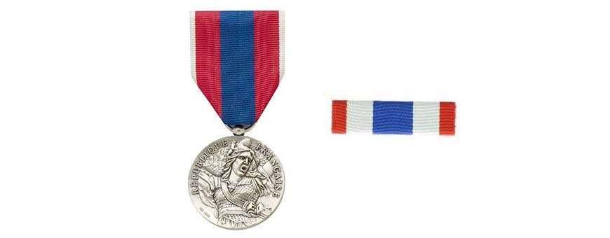 Médailles Dixmudes Agrafes