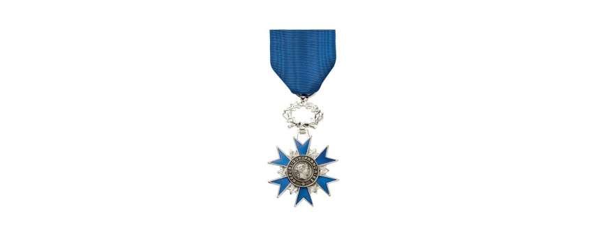Médailles pendantes